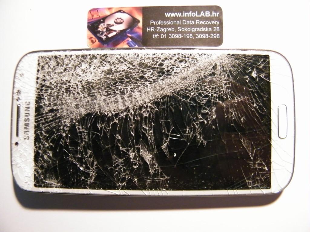 Samsung S4 polomljeni
